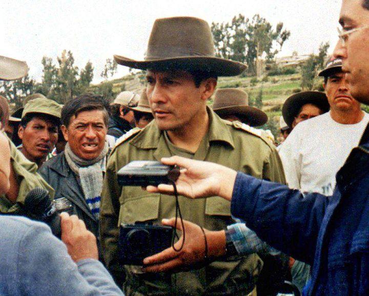 Le président Ollanta Humala en 2000, lors du soulèvement militaire contre le gouvernement d'Alberto Fujimori. (STR / AFP)