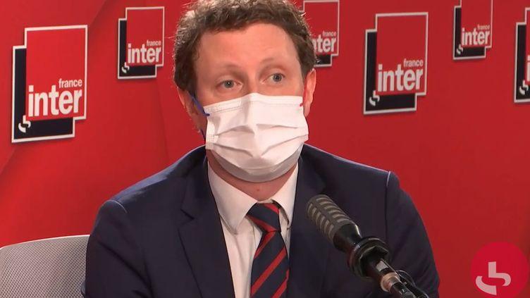 Clément Beaune, le secrétaire d'État aux Affaires européennes, le 23 juin 2021 sur France Inter. (FRANCEINTER / RADIO FRANCE)