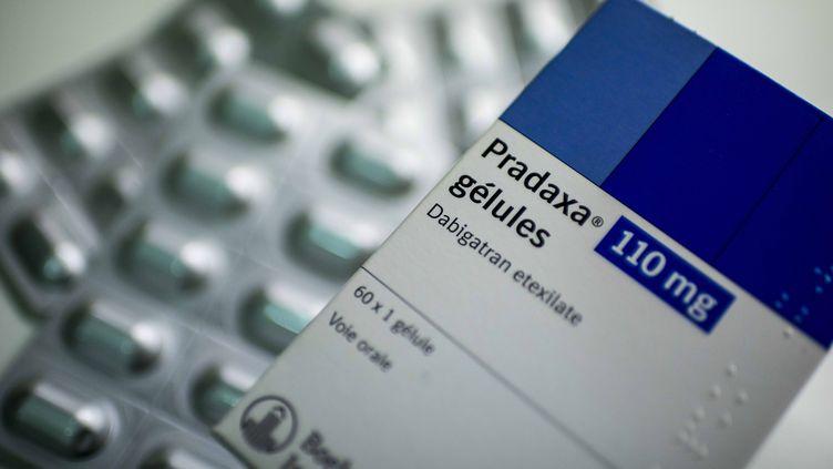 Le Pradaxa, anticoagulant commercialisé par le laboratoireBoehringer Ingelheim, à l'origine de la plainte de des familles de quatre victimes françaises, le 8 octobre 2013. ( MAXPPP)