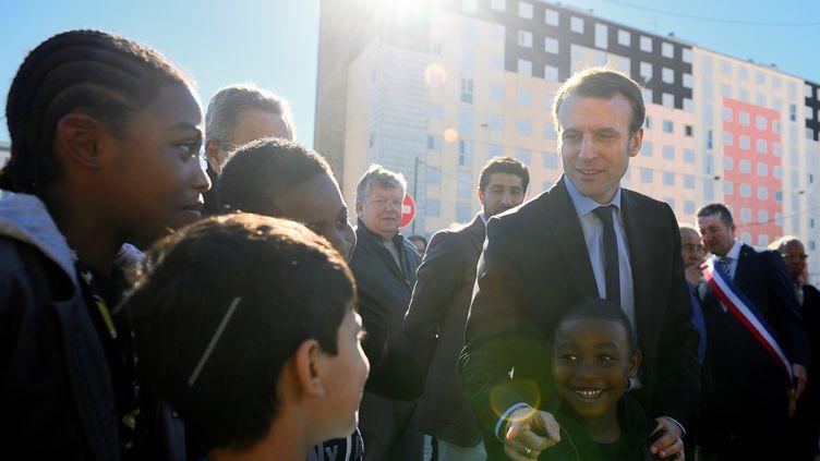 Emmanuel Macron à Poissy, en octobre 2016. (ERIC FEFERBERG / AFP)