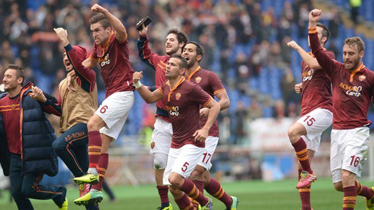 La joie des joueurs romains (GABRIEL BOUYS / AFP)