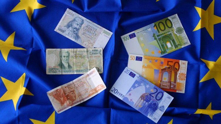 Les banques françaises réfléchiraient aux conséquences d'un retour du drachme en Grèce, selon Reuters. (THOMAS COEX / AFP)