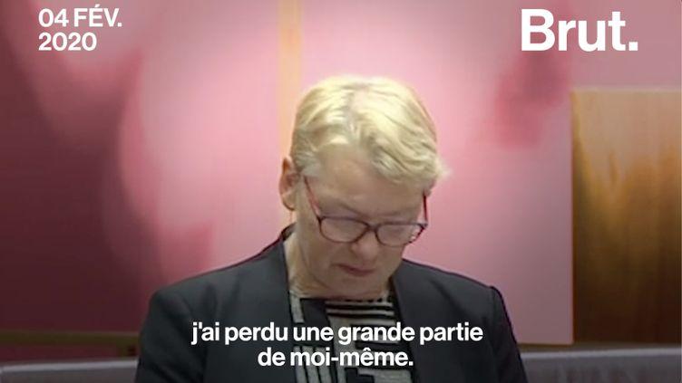 """VIDEO. """"Je pleure pour Penny et je pleure notre précieuse planète"""" : vive émotion en plein Parlement australien (BRUT)"""