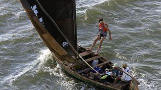 Eric Loizeaulors d'un raid-aventure au large de San José de Ribamar (Brésil), en 2000. (JOEL SAGET / AFP)
