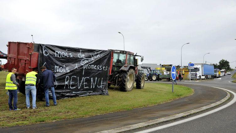 Les éleveurs landais s'étaient déjà mobilisés, le 12 septembre 2017, en bloquant des ronds-points. (MAXPPP)
