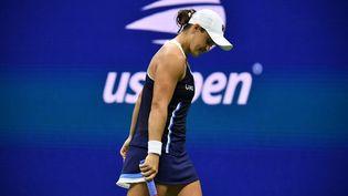 La numéro 1 mondiale,Ashleigh Barty, s'est inclinée au troisième tour de l'US Open, samedi 4 septembre. (ED JONES / AFP)