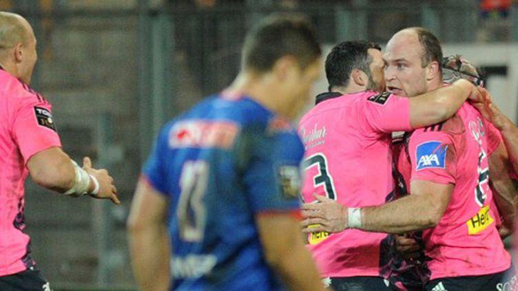 La joie d'Antoine Burban et de ses coéquipiers du Stade Français