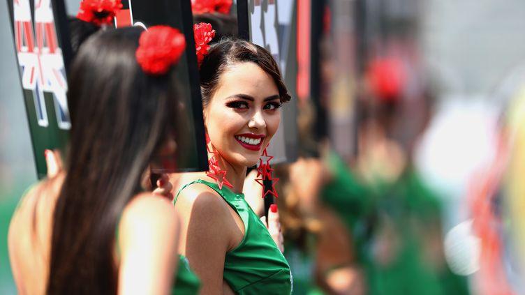 """Des """"grid girls"""" lors d'un Grand Prix de Formule 1, à Mexico, au Mexique, le 29 octobre 2017. (MARK THOMPSON / GETTY IMAGES NORTH AMERICA / AFP)"""