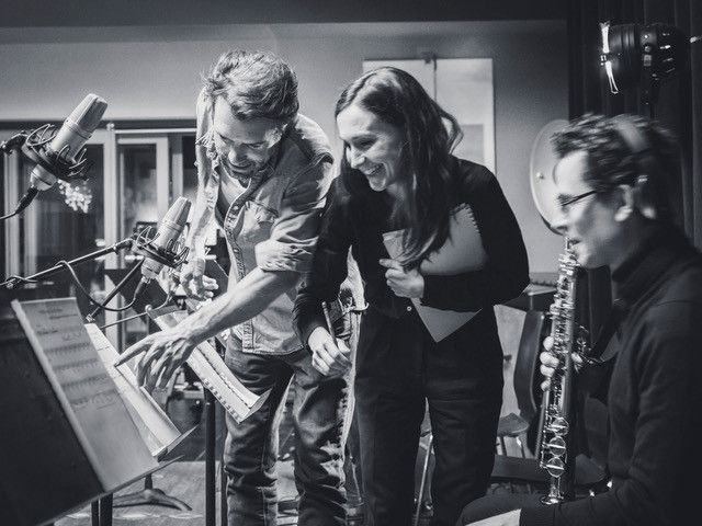 "Nicolas Bedos et Anne-SophieVersnaeyen travaille sur le bande originale de ""La Belle Epoque"". (Pierre Versnaeyen)"