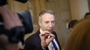 (Laurent Baumel, député socialiste frondeur, a annoncé que la gauche n'avait pas réuni de signatures pour déposer une motion de censure de gauche  © MaxPPP)