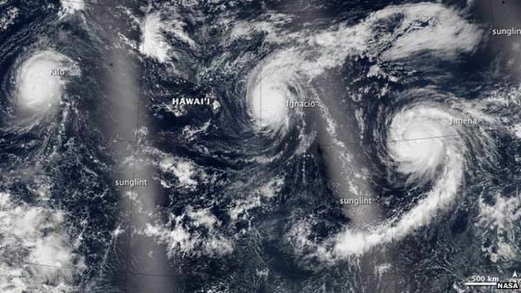 (Trois tempêtes de catégorie 4 repérées en même temps dans le Pacifique. © NASA)