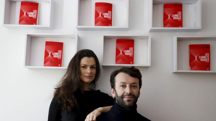 """Carole et Antoine Fruchard, le frère et la soeur qui ont séduit les Etats-Unis avec un polar autoédité, """"Les carnets rouges"""". (DELPHINE GOLDSZTEJN / MAXPPP)"""