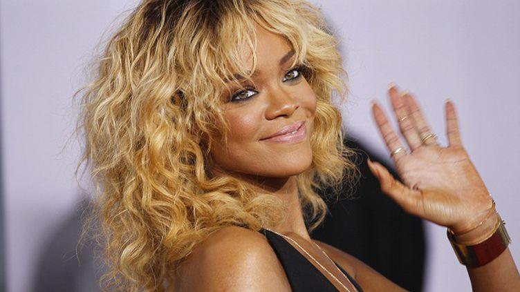 La chanteuse Rihanna photographiée à l'occasion de la 54e cérémonie des Grammyawards, le 12 février 2012. (DANNY MOLOSHOK / REUTERS )