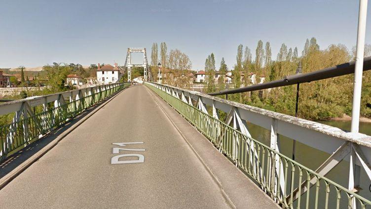 Capture d'écran du pont de Mirepoix-sur-Tarn (Haute-Garonne), qui reliait la commune à celle de Bessières, entre Toulouse et Montauban. Ce pont s'est effondré le 18 novembre 2019. (GOOGLE MAPS)