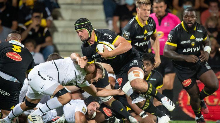 La Rochelle et Toulouse se retrouvent dès la première journée du Top 14, dimanche 5 septembre. (XAVIER LEOTY / AFP)