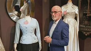 Gilles Labrosse, grand collectionneur de haute couture expose ses robes à Moulins  (France 3 / Culturebox )