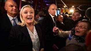 Marine Le Pen dans son fief d'Hénin-Beaumont (Pas-de-Calais), au soir du premier tour des élections régionales, le 6 décembre 2015. (MAXPPP)