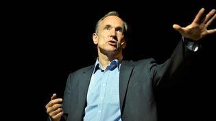 """(Plus de 25 ans après la création du """"www"""", Tim Berners-Lee reste un fervent défenseur du web © REUTERS/Vincent West)"""