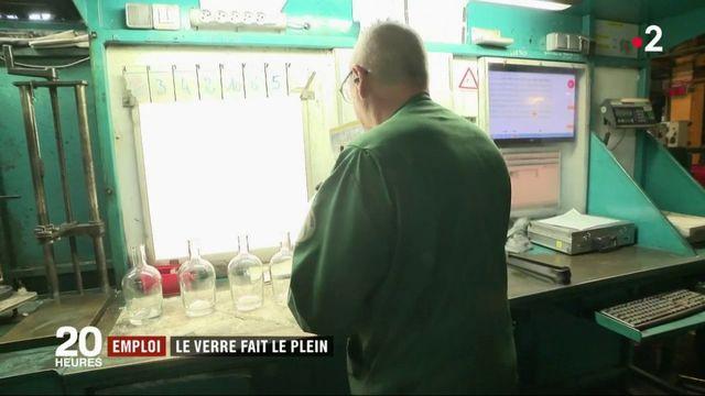 Emploi : la vallée de la Bresle, fleuron mondial du flacon de luxe, cherche de la main-d'œuvre