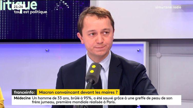 Maël de Calan, candidat à la présidence du parti Les Républicains, était l'invité de Tout est politique, jeudi 23 novembre sur franceinfo. (FRANCEINFO / RADIOFRANCE)