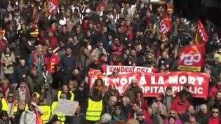 Manifestation des fonctionnaires à Marseille (Bouches-du-Rhône), jeudi 22 mars 2018. (FRANCE 2)