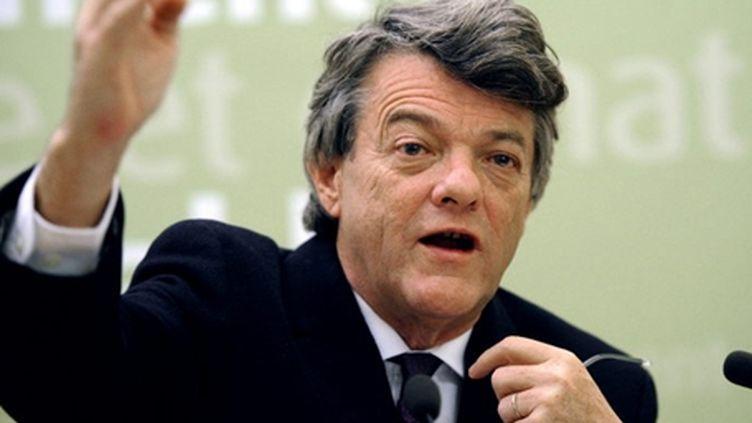Jean-Louis Borloo lors d'une conférence de presse à Paris (archives) (AFP - Bertrand GUAY)