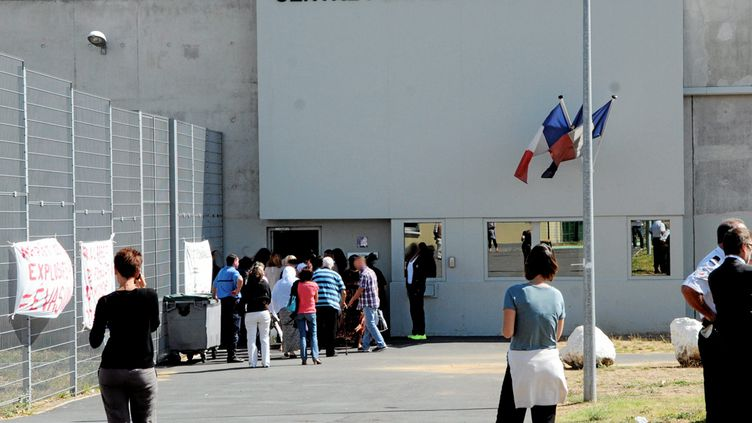 Lecentre pénitentiaire du Gasquinoy à Béziers (Hérault), le 11septembre 2013. (MAXPPP)