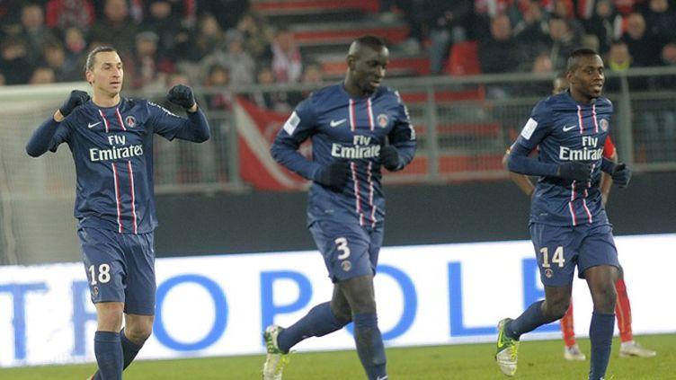 Zlatan Ibrahimovic félicité par ses partenaires du Milan AC