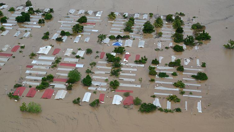 L'ouragan Iota a fait d'énormes dégats au Honduras. Ici la région inondée de San Pedro Sula, le 18 novembre 2020. (ORLANDO SIERRA / AFP)