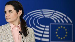 L'opposante biélorusse Svetlana Tsikhanouskaïa lors d'une conférence de presse au Parlement européen, lundi 21 septembre 2019 à Bruxelles (Belgique). (JOHANNA GERON / POOL / AFP)