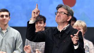 Le candidat de la France insoumise à la présidentielle, Jean-Luc Mélenchon, le 29 novembre 2016, lors d'un meeting à Bordeaux (Gironde). (GEORGES GOBET / AFP)