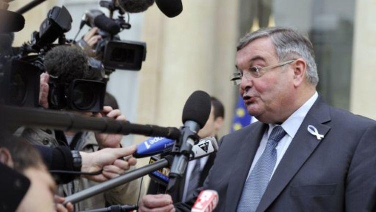 Michel Mercier juge la candidature de François Bayrou normale (ERIC FEFERBERG / AFP)