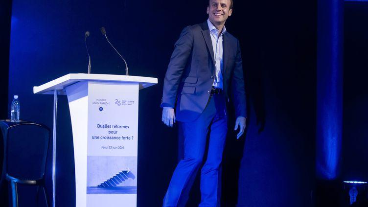 Emmanuel Macron lors d'un colloque organisé par l'Institut Montaigne et le McKinsey Global Institute le 23 juin 2016. (MAXPPP)