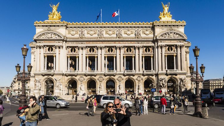 L'opéra Garnier à Paris. (HUGHES HERV? / HEMIS.FR)