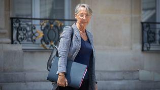 Elisabeth Borne, ministredu Travail, de l'Emploi et de l'Insertion, devant le palais de l'Elysée, le 22 juillet 2020. (MAXPPP)