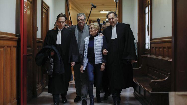 Isabelle et Patrick Balkany en mars 2020 au palais de Justice de Paris. (OLIVIER CORSAN / MAXPPP)