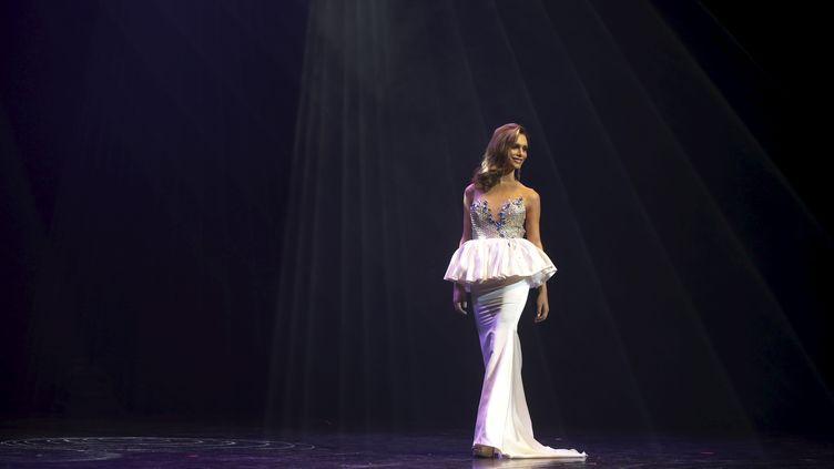 Angela Ponce, le 25 octobre 2015 à Estepona (Espagne). (SUSANA VERA / REUTERS)