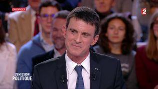 Manuel Valls sur le plateau de France 2, le 5 janvier 2017. (FRANCE 2)