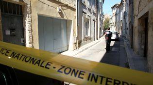 La rue de Tarascon où les policiers ont retrouvé le corpsmutilé, le 18 juillet 2021. (SOUILLARD BRUNO / MAXPPP)