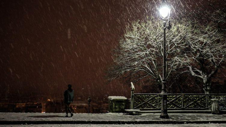 Des chutes de neige à Paris, le 30 janvier 2019. (SAMEER AL-DOUMY / NURPHOTO)