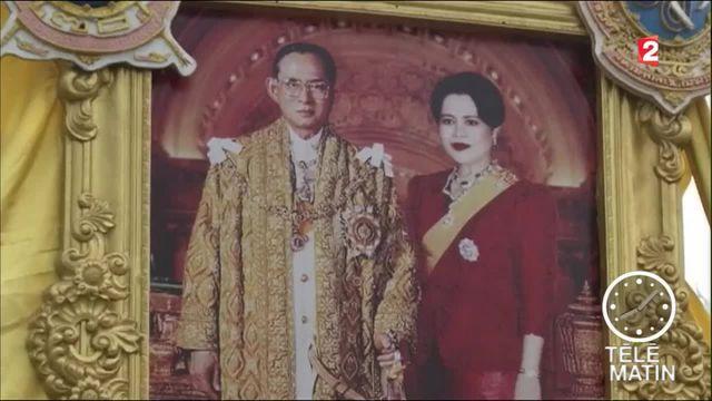 Thaïlande : le pays en deuil après le décès du roi Bhumibol