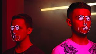 Disclosure : Guy et Howard Lawrence.  (Barclay/Universal)