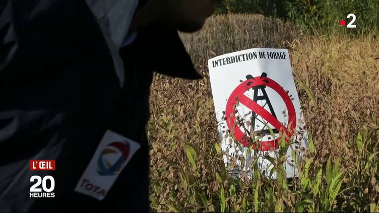 Hydrocarbures : malgré la loi, Total lance 5 forages en Guyane (FRANCE 2 / FRANCETV INFO)
