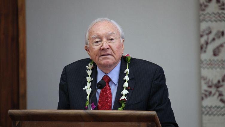 (Gaston Flosse lors de son élection au poste de président de la Polynésie française, en mai 2013 © MAXPPP)