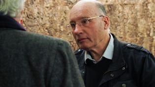 Le prêtrePierre de Castelet, lors de son procès, le 30 octobre 2018, à Orléans (Loiret). (GUILLAUME SOUVANT / AFP)