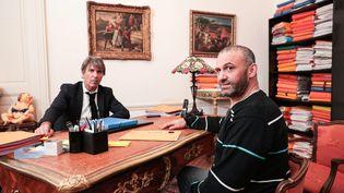 Christophe Ellul et son avocat, Me Alexandre Novion, à Bordeaux (Gironde), le 4 mars 2020. (DAVID THIERRY / MAXPPP)