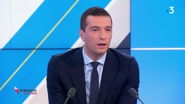 """Présidentielle 2022 : le RN veut un référendum sur l'immigration pour """"expliquer que nous affichons complet"""", déclare Jordan Bardella."""