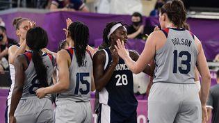 Les Françaises se sont inclinées en quarts de final de basket 3x3 face aux Etats-Unis, le 28 juillet 2021. (JAVIER SORIANO / AFP)