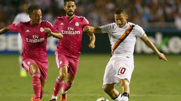 Francesco Totti dans la défense madrilène