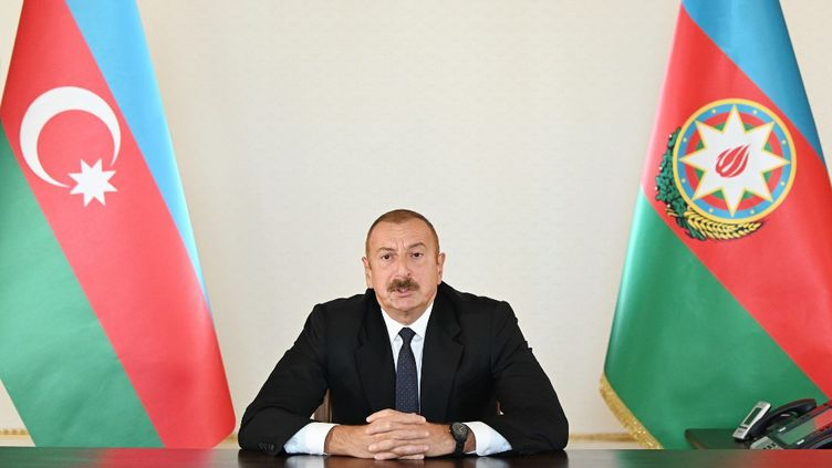 Leprésident azerbaïdjanais Ilham Aliev à Bakou (Azerbaïdjan), le 27 septembre 2020. (AZERBAIJANI PRESIDENCY / HANDOUT / ANADOLU AGENCY / AFP)